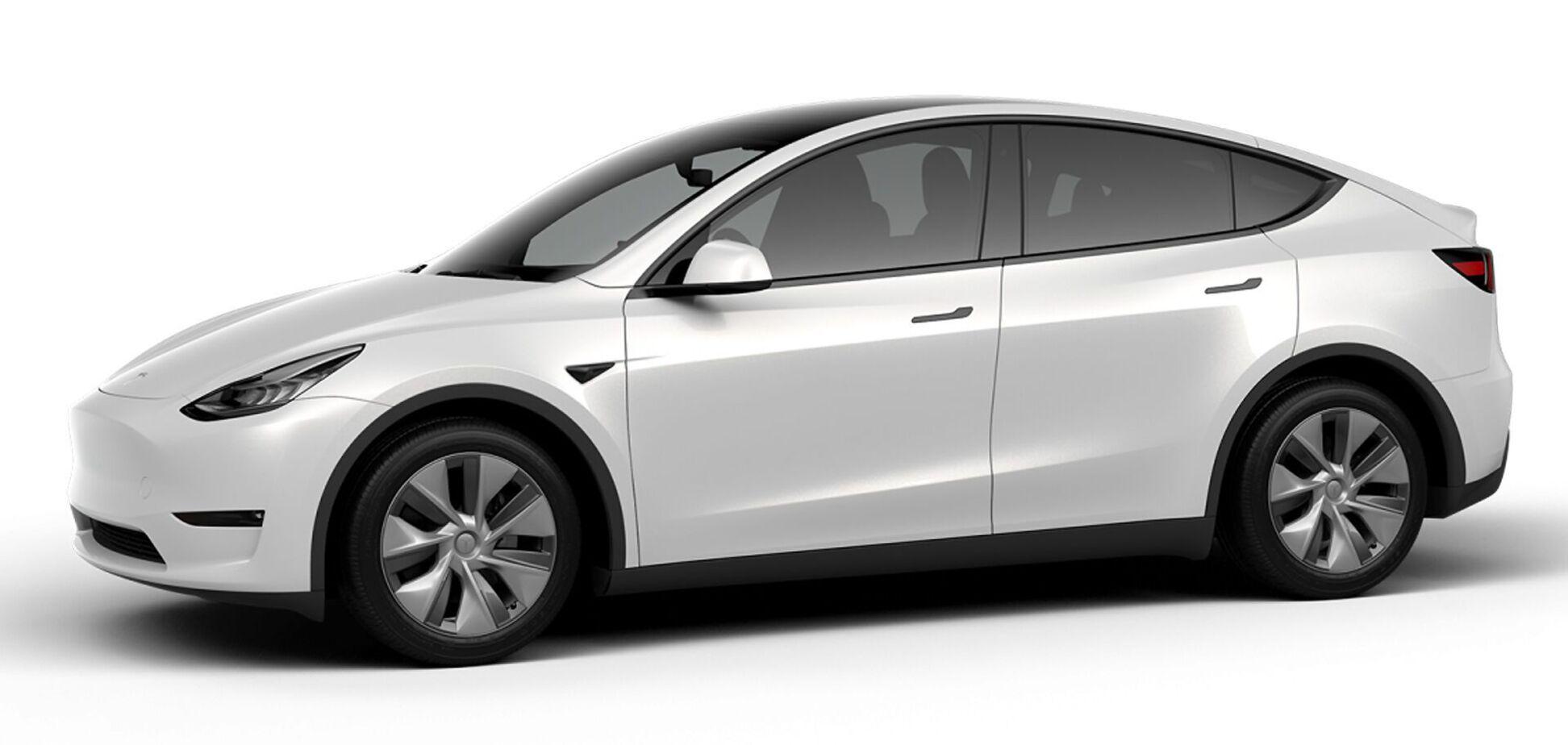 Кросовер Tesla Model Y подешевшав на $8000
