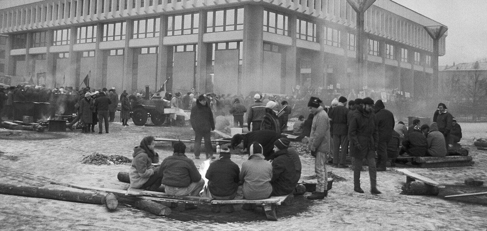 Советские войска 30 лет назад захватили телебашню и телецентр в Вильнюсе