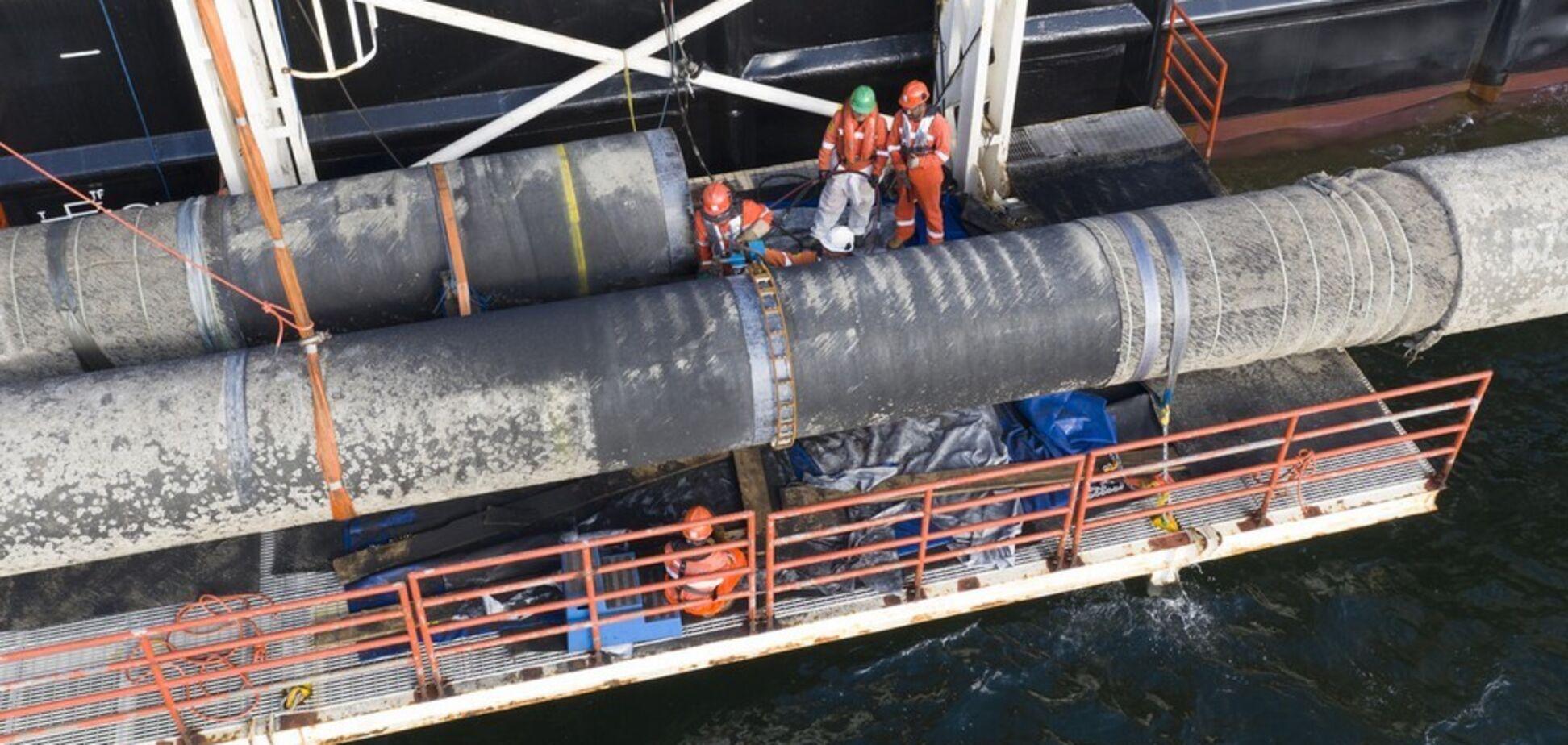 Трубоукладач 'Північного потоку-2' повернувся на трасу газопроводу: будівництво затримали на місяць