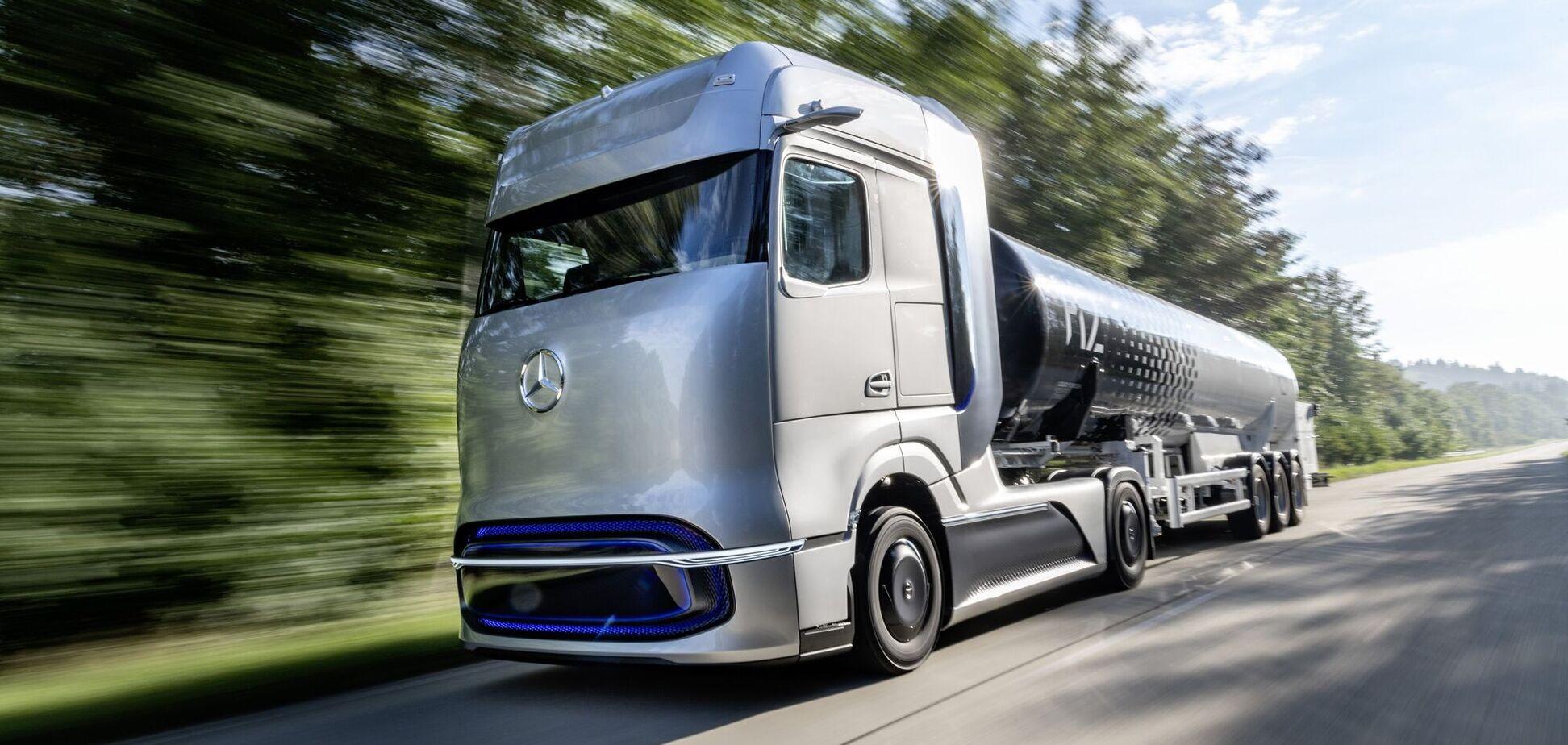 Нафтовий гігант Shell об'єднався з виробниками вантажівок