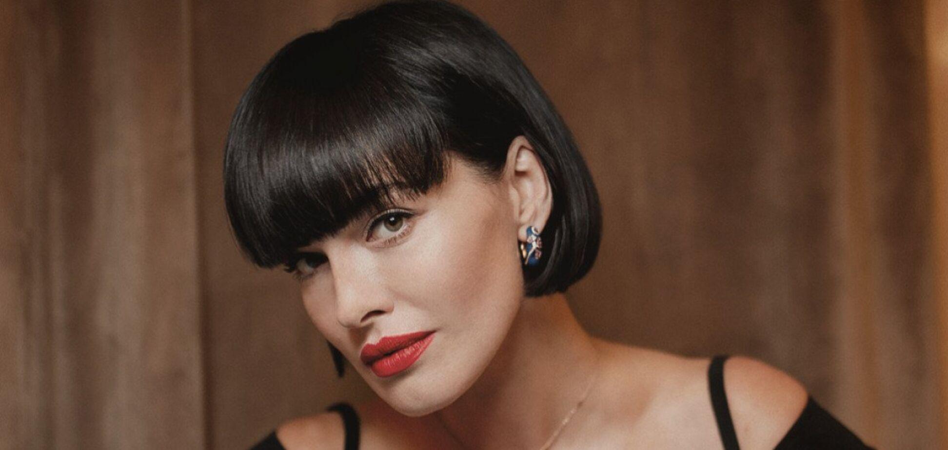 Астафьева снялась в сексуальной фотосессии в откровенном наряде. Фото и видео