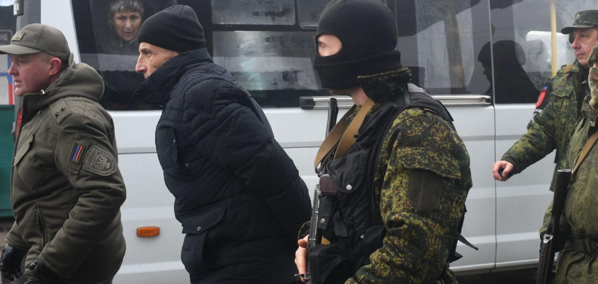 Последний большой обмен пленными между Украиной и Россией состоялся в декабре 2019 года