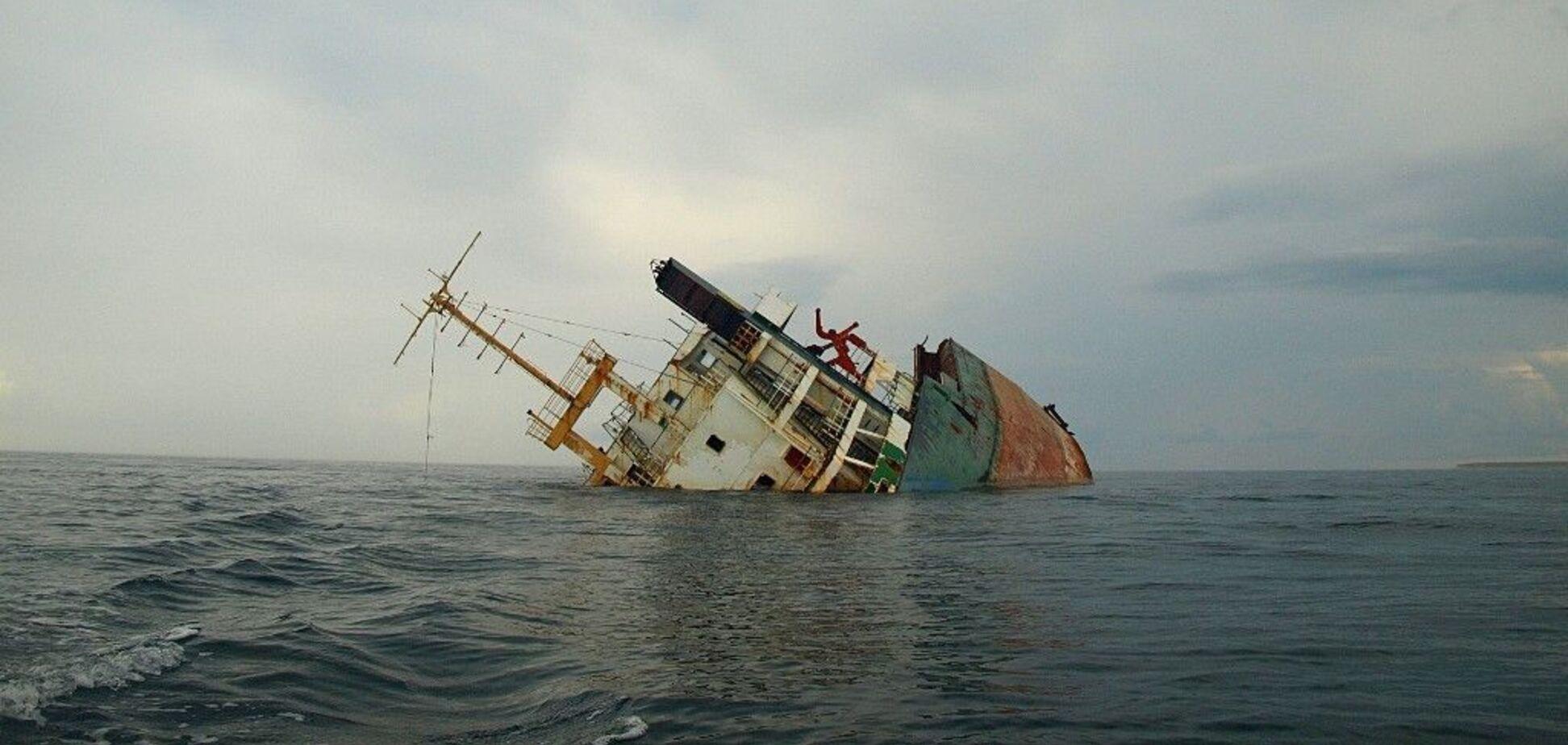 На судні Arvin загинули двоє моряків