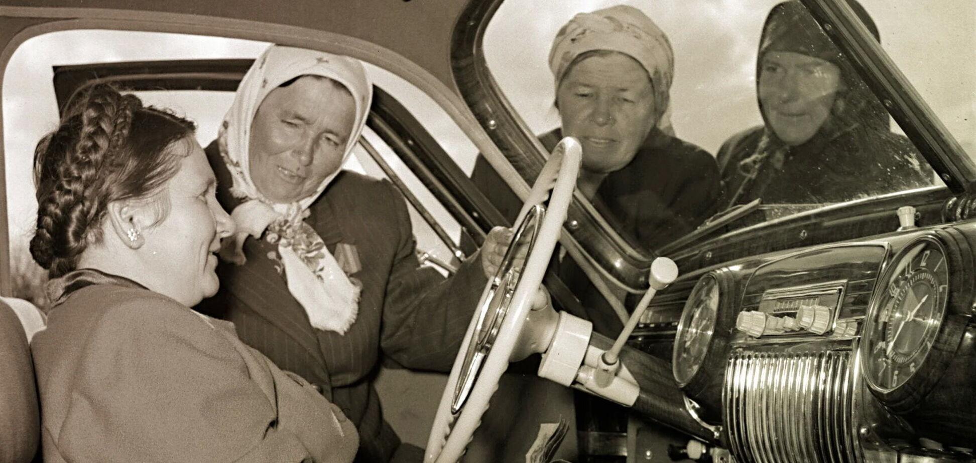 'Лімузин для народу' – для кого в СРСР створювали автомобілі