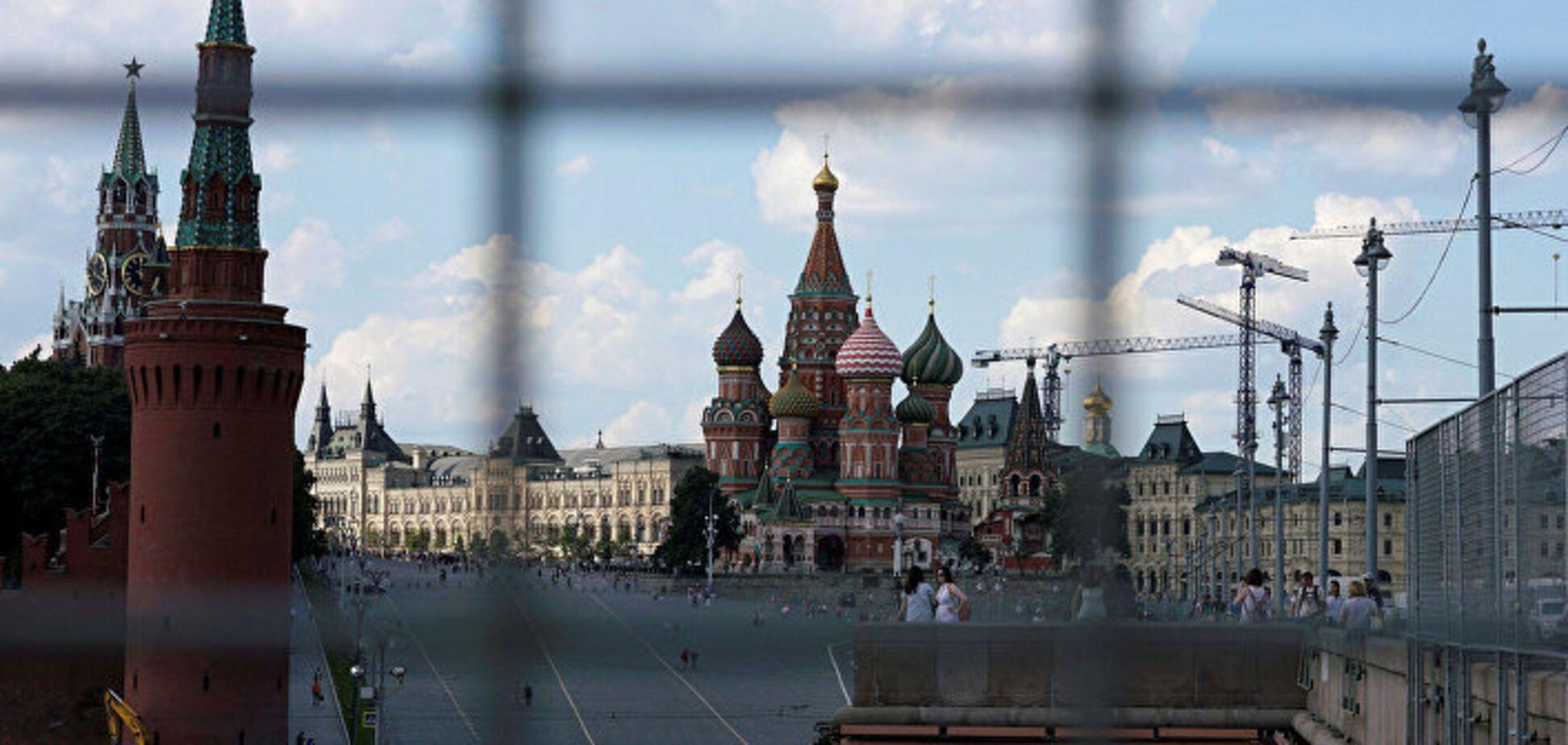 Прощальний салют Путіна