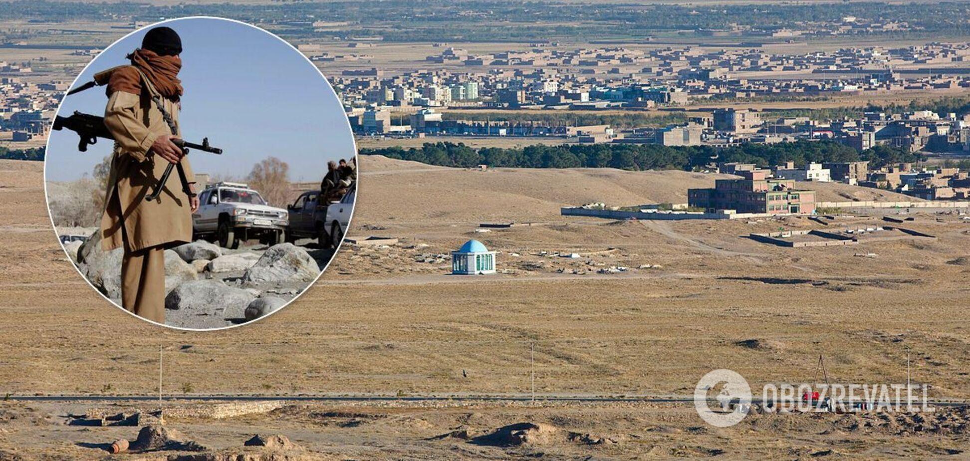 В Афганистане боевики 'Талибана' захватили автобус с 45 пассажирами