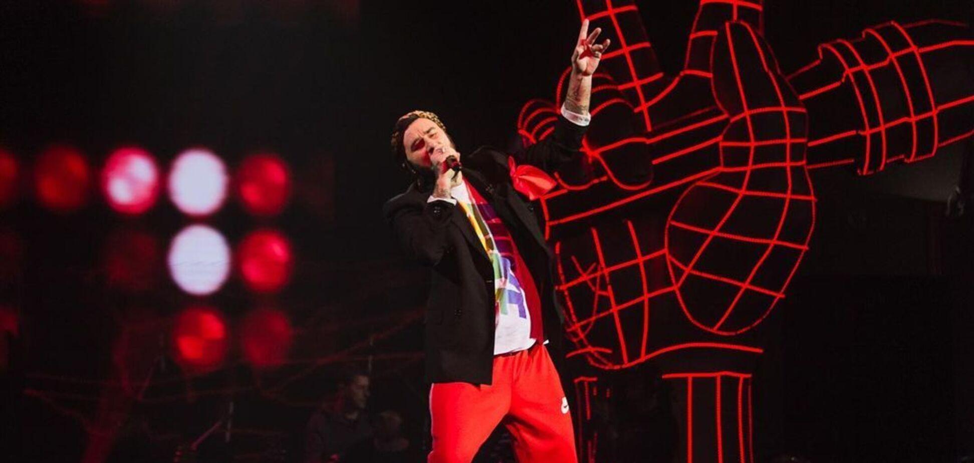 Участник Нацотбора на 'Евровидение', ушедший в курьеры, зажег на 'Голосі країни'. Видео
