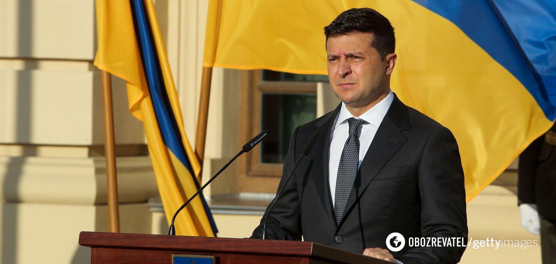 Президент Владимир Зеленский 'усиливает' государственную вертикаль в Украине