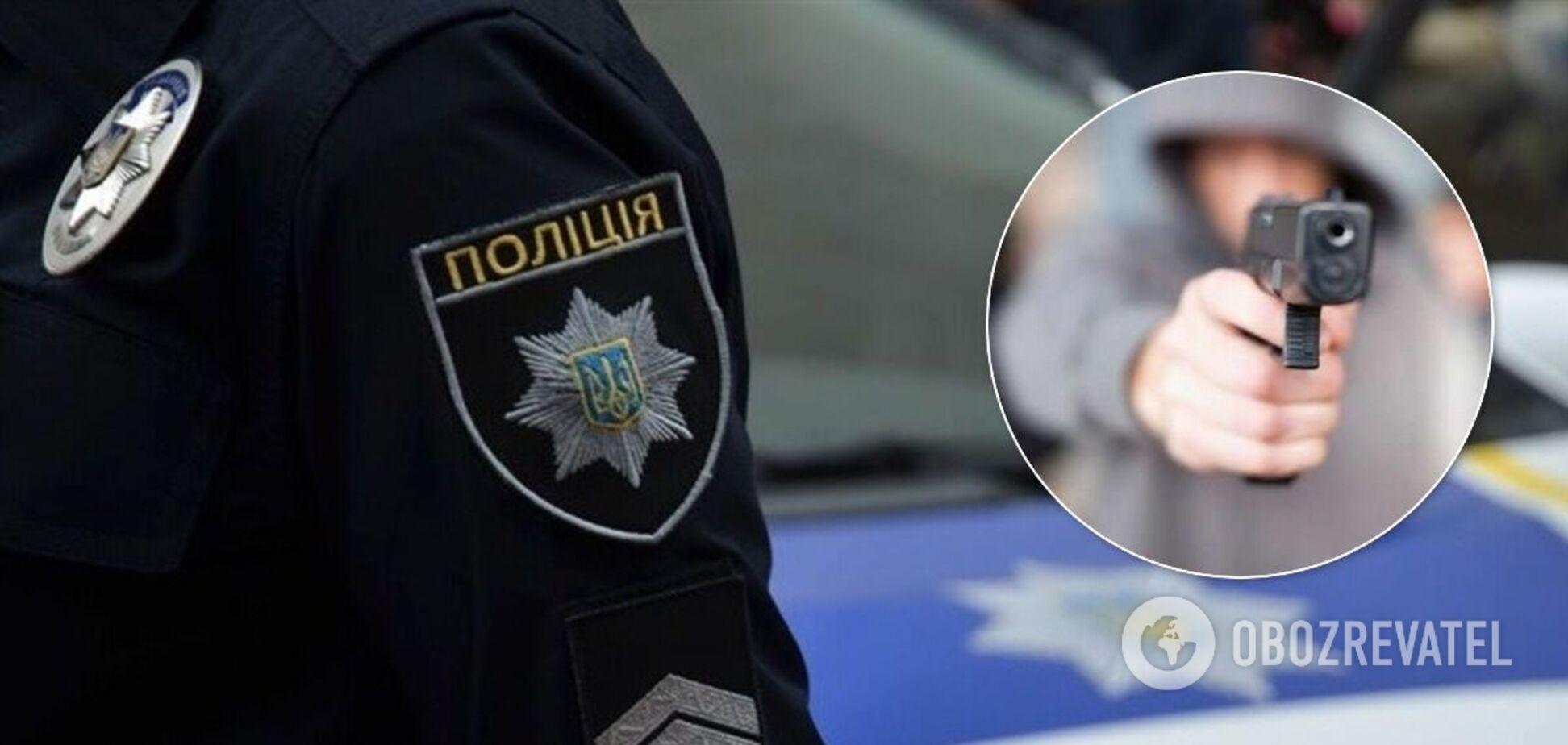 На Одещині 14-річний відкрив стрілянину по підлітках на дитячому майданчику. Фото