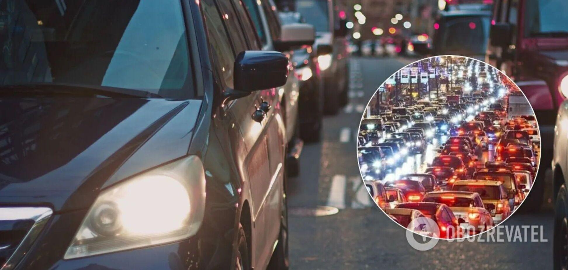 Проблемы с движением наблюдаются на всех мостах