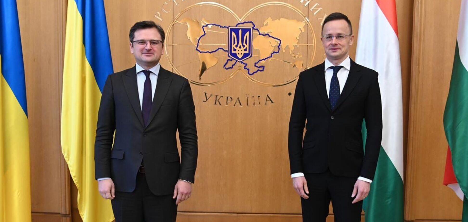 Угорщина пішла назустріч Україні в мовному конфлікті