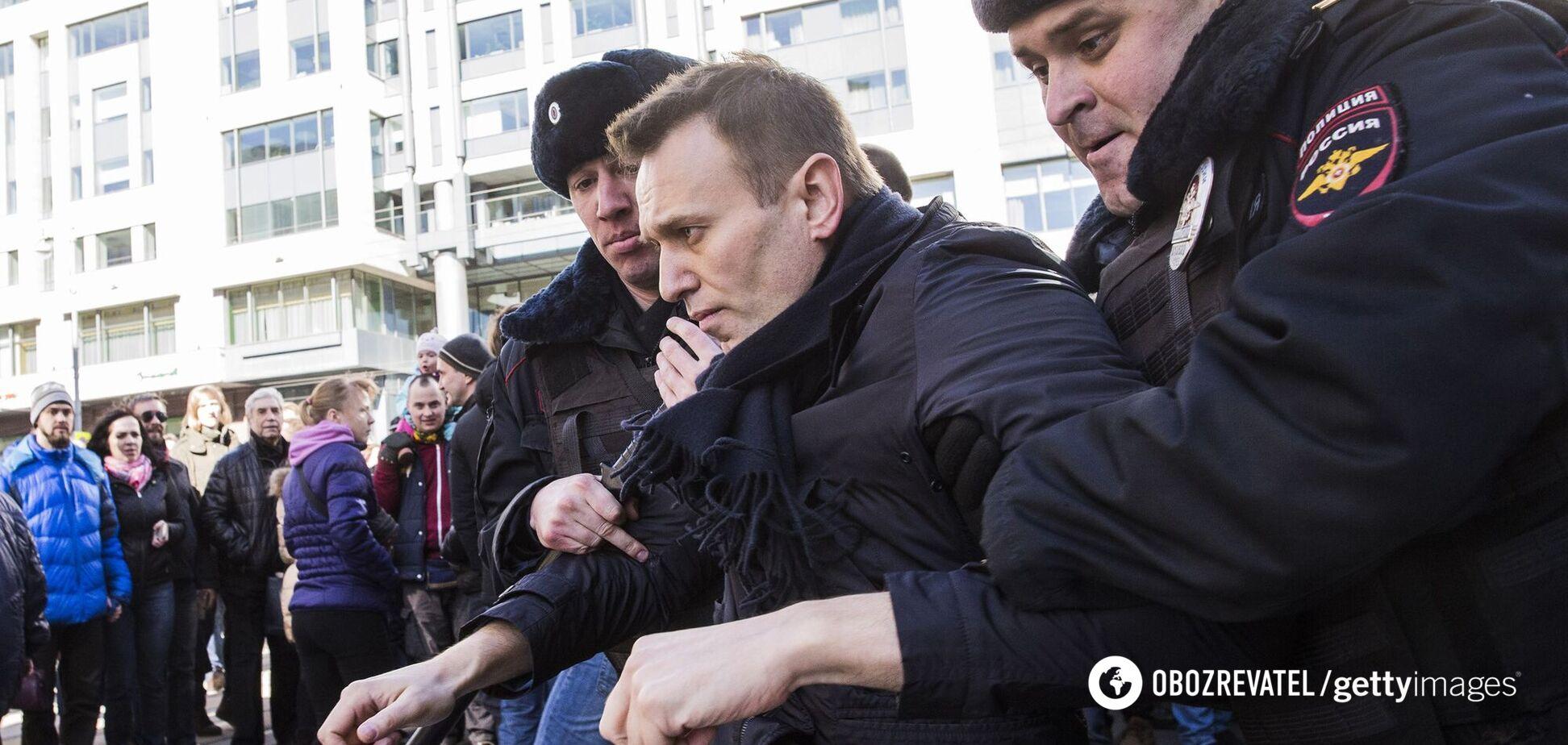 Суд оставил Навального под арестом до 15 февраля