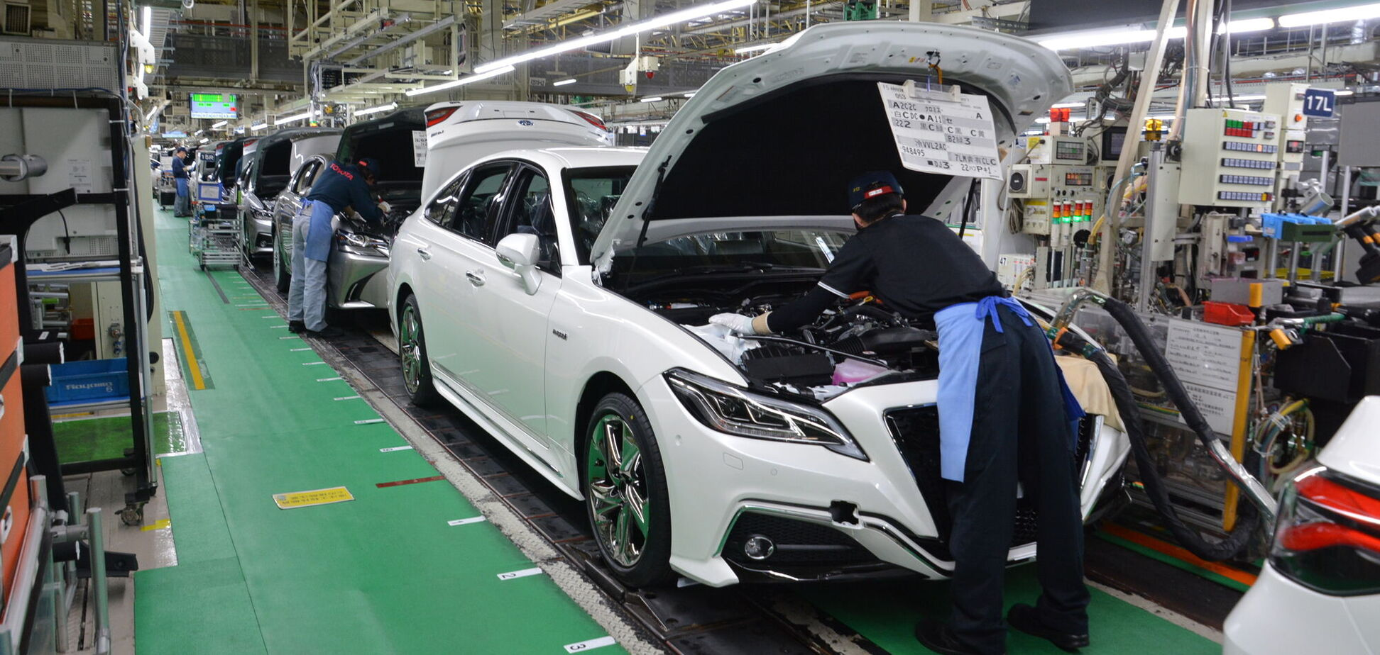 Toyota обігнала VW і вийшла у світові лідери з продажу