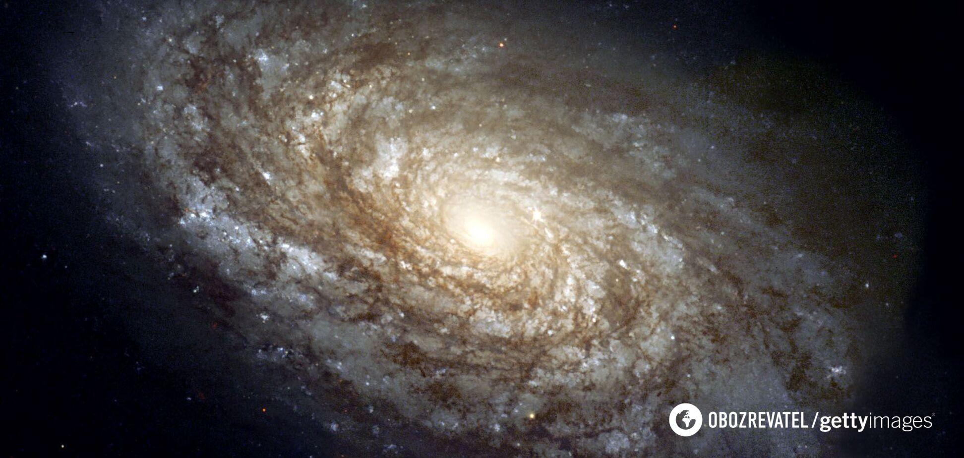 Підраховано відстань до найстарішої та далекої галактики у Всесвіті