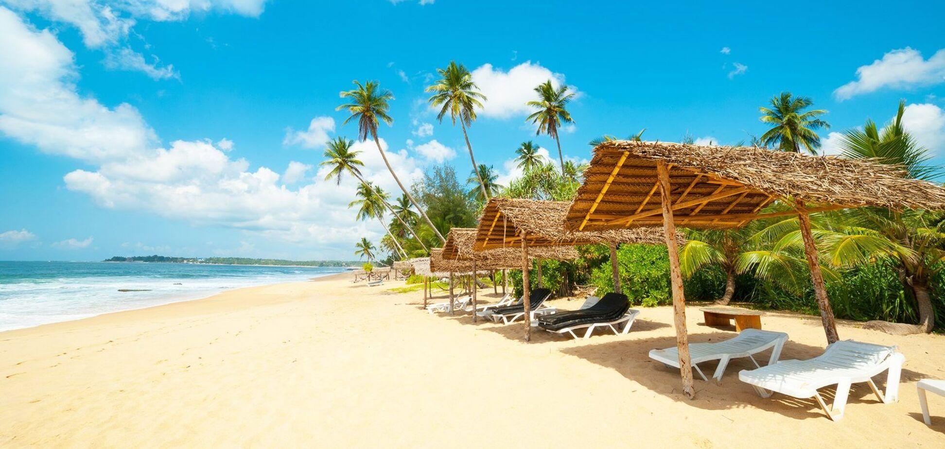 Шрі-Ланка відкриває аеропорти для туристів: названо дату
