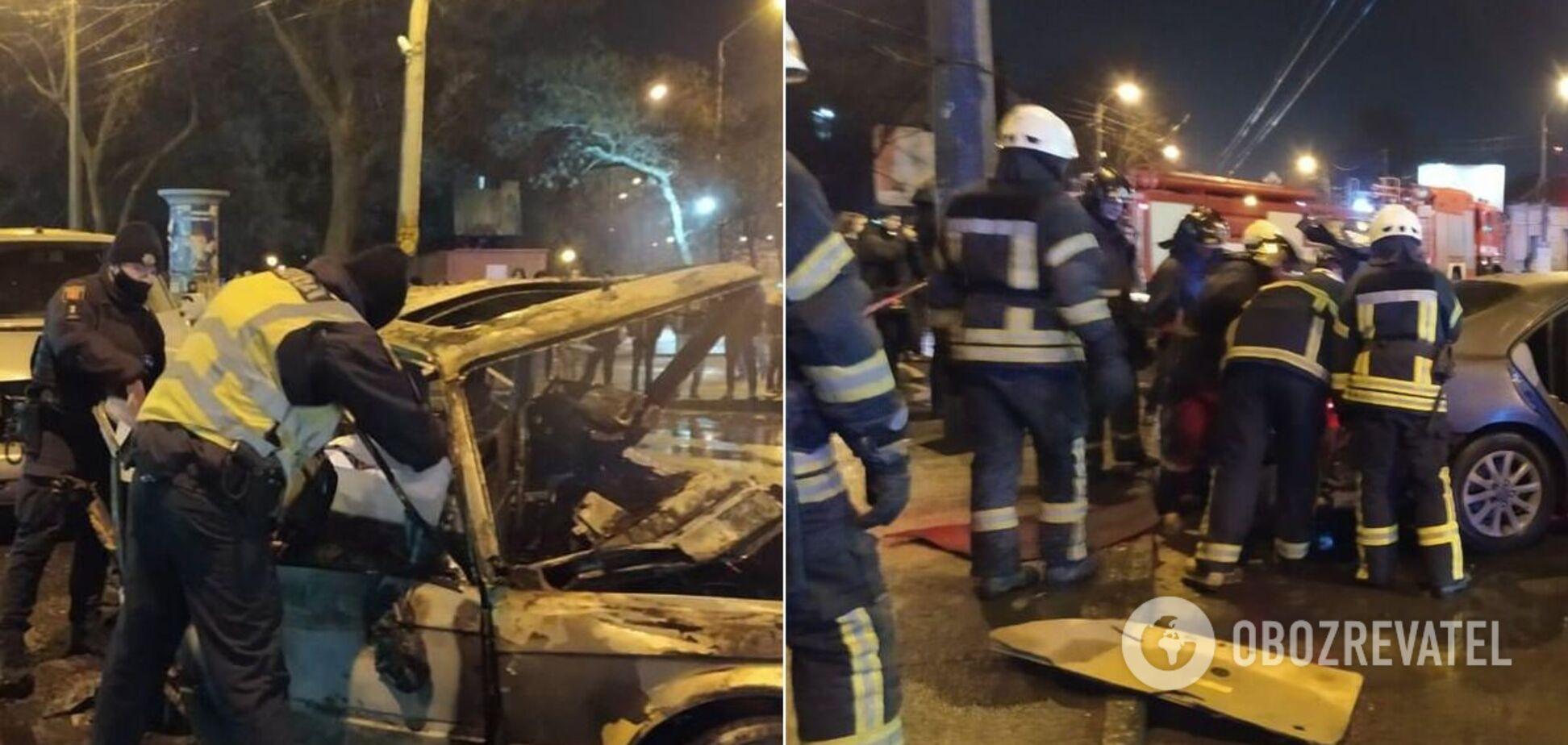 В Одессе в ДТП столкнулись 5 авто, 2 человека сгорели заживо. Фото и видео