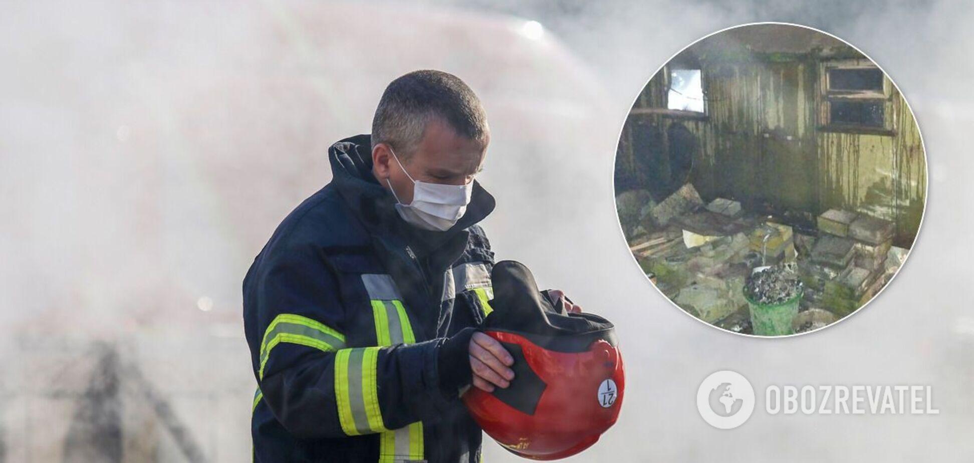 Під час гасіння пожежі рятувальники виявили тіло чоловіка
