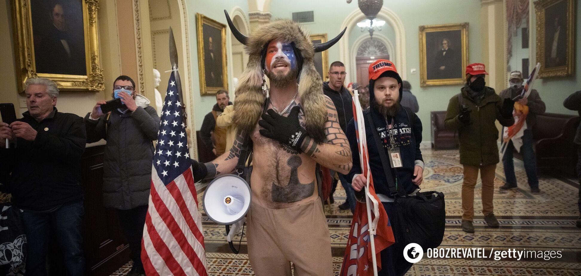 6 января 2021 года сторонники Дональда Трампа штурмом взяли Капитолий США