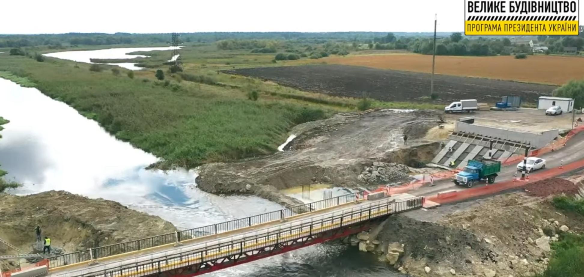 На Львовщине рекордными темпами восстанавливают мост через р. Западный Буг