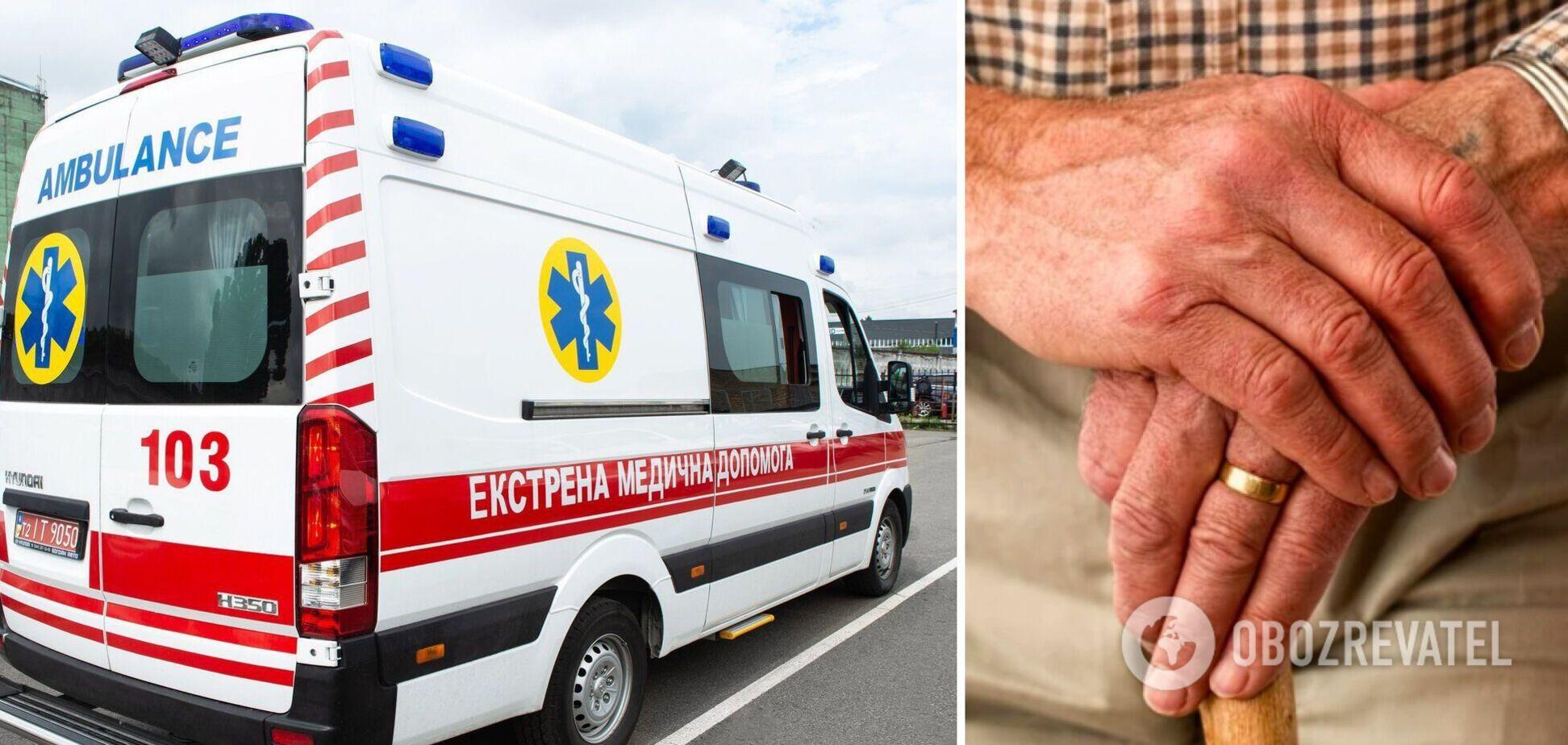На Буковине в ''скорой'' умер иностранец, которого не смогли принять две больницы: у него был COVID-19