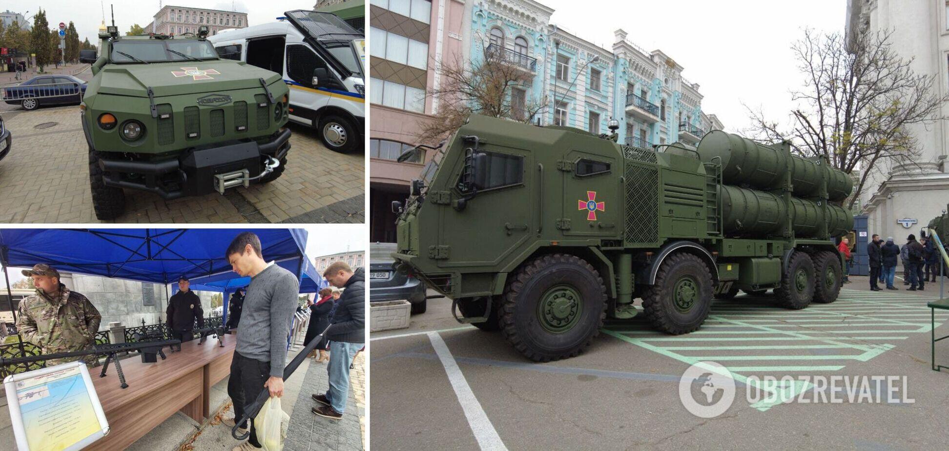 У Києві до Дня захисників і захисниць України відкрилася виставка сучасного озброєння. Фото та відео