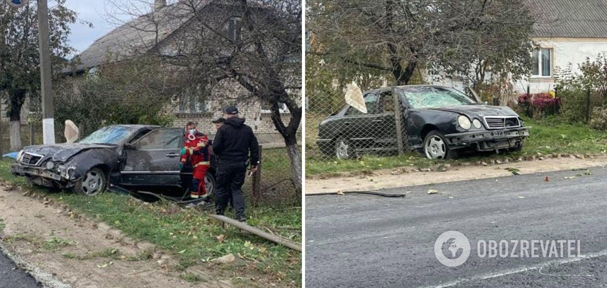 На Волині водій збив жінку на тротуарі й сам загинув, вилетівши з машини. Фото та відео