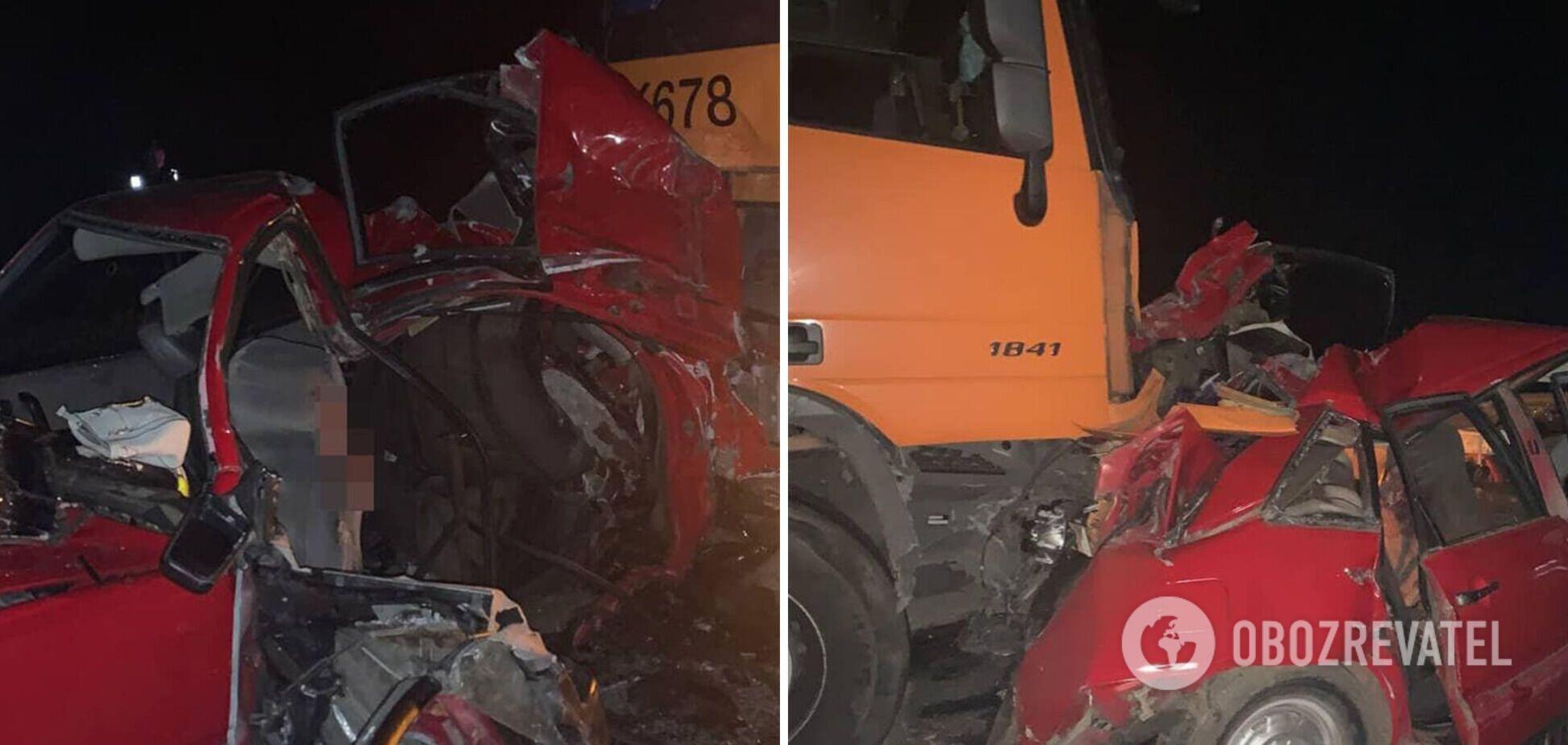 На трассе Киев – Чоп в аварии погибли два человека. Фото и детали трагедии