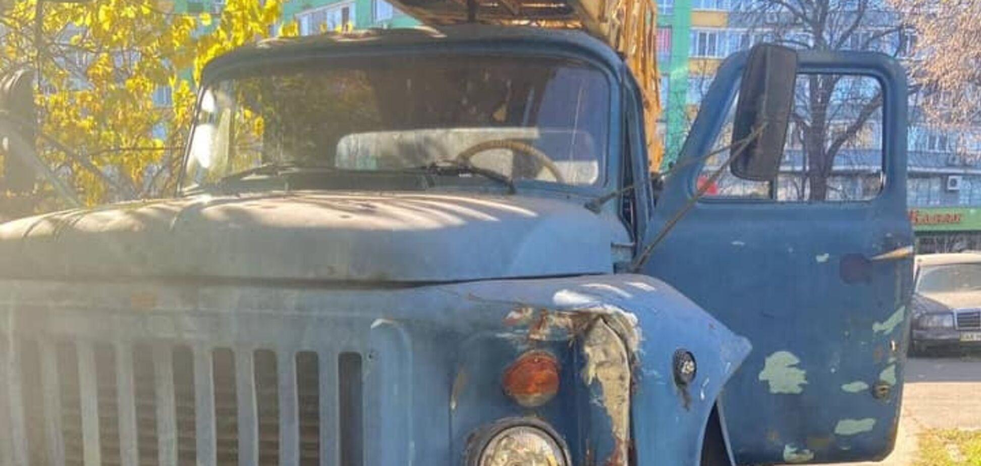 П'яний водій автокрану на Оболоні