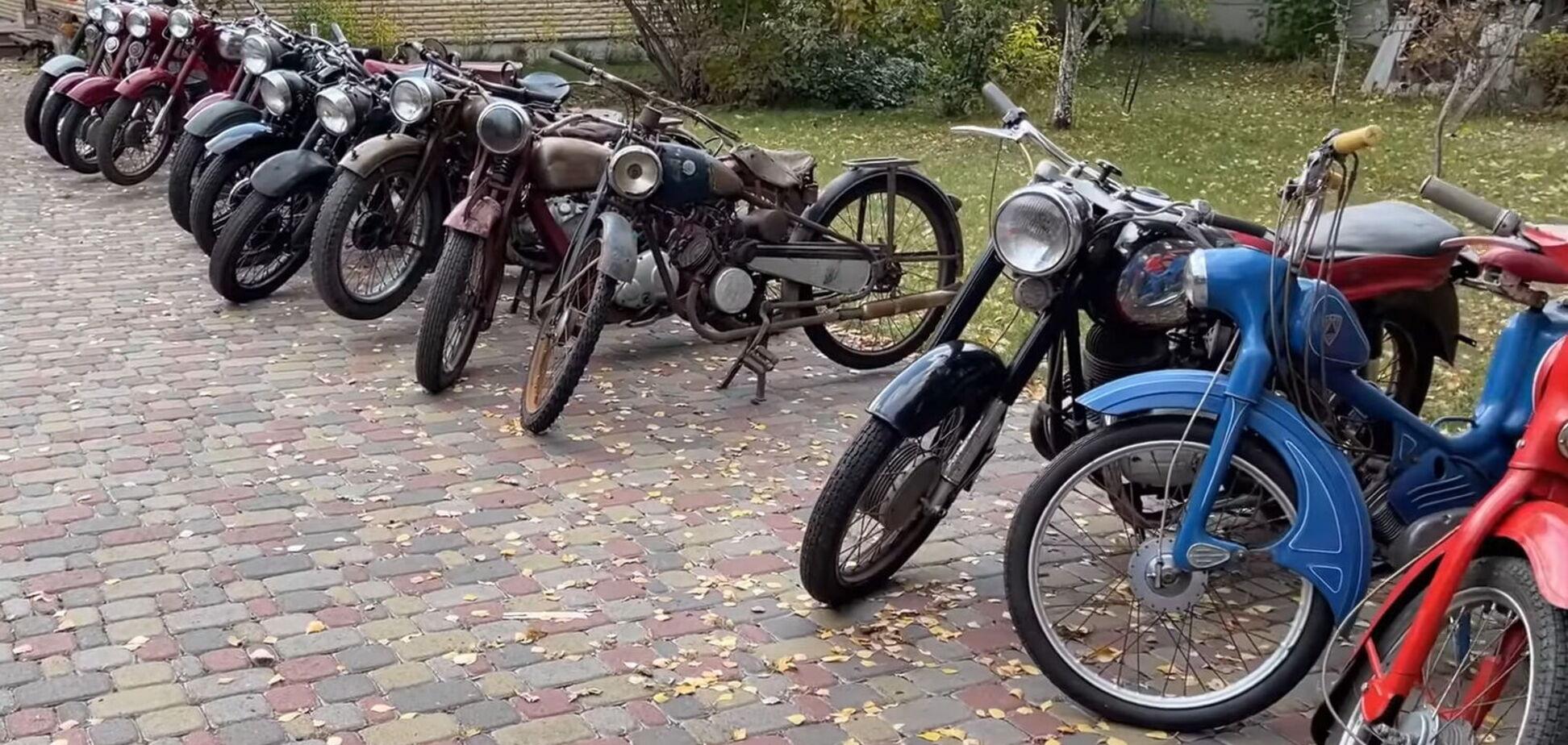 В Україні знайшли велику колекцію рідкісної мототехніки. Відео