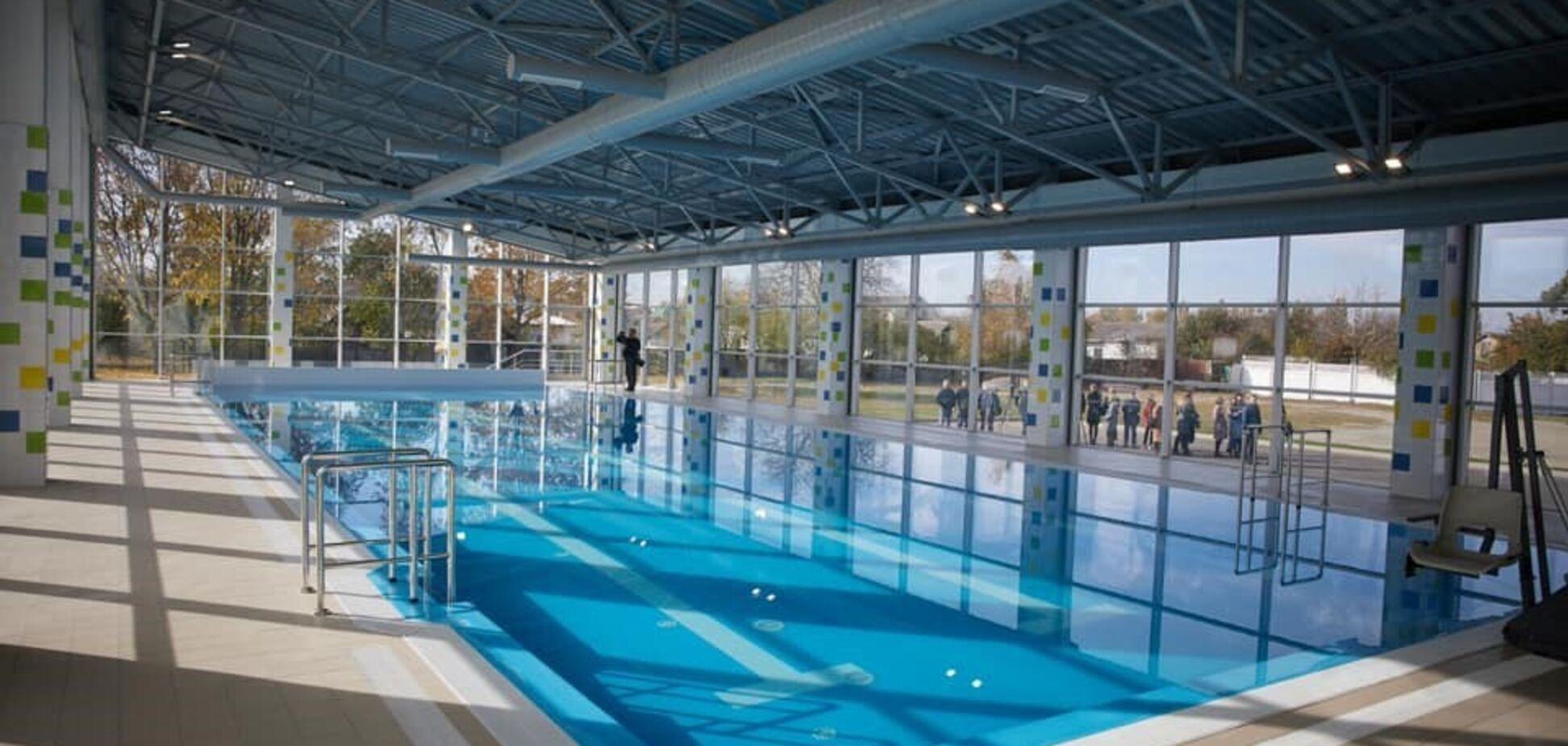В Золотоноше достроили бассейн гимназии имени С. Скляренко