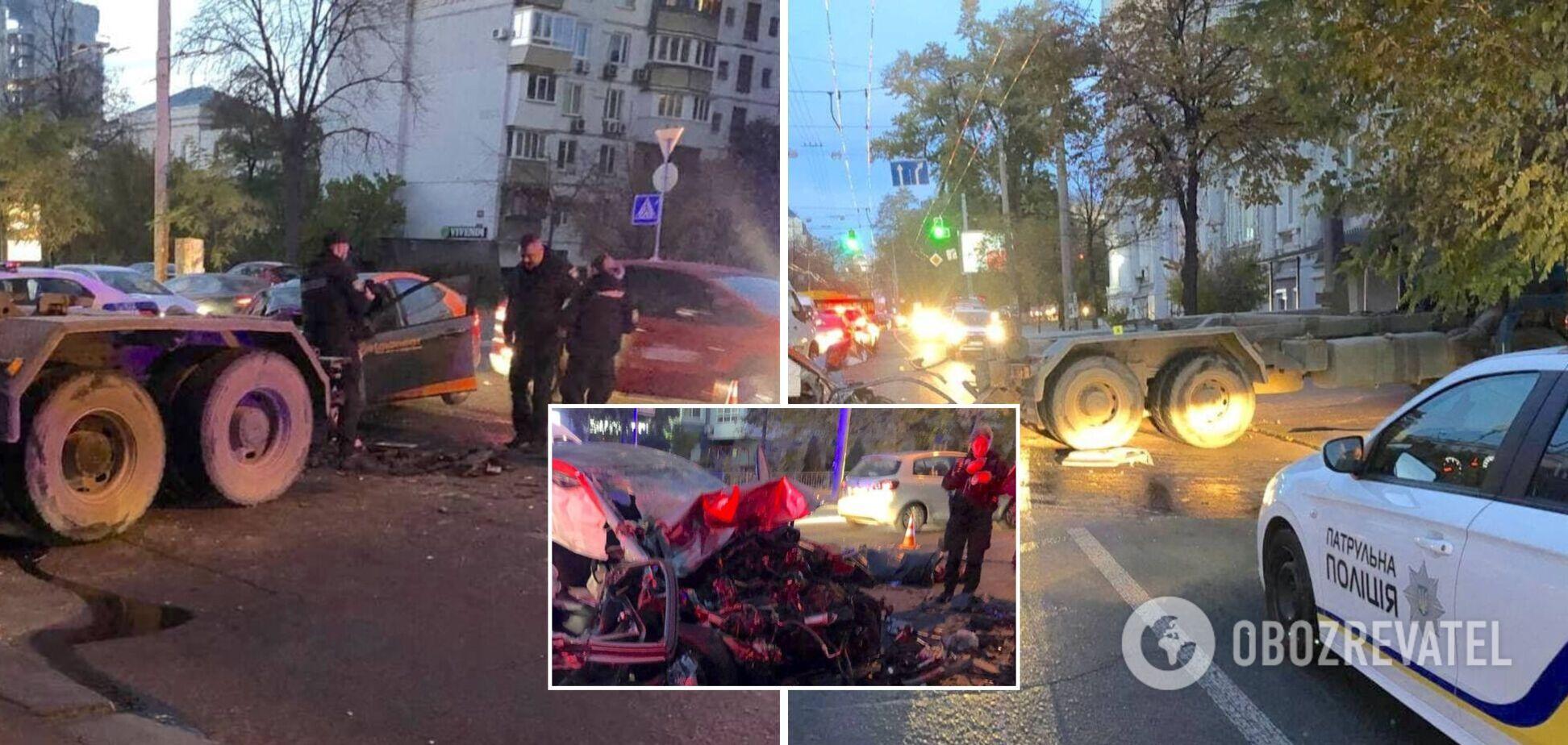 Также пострадала пассажирка легковушки