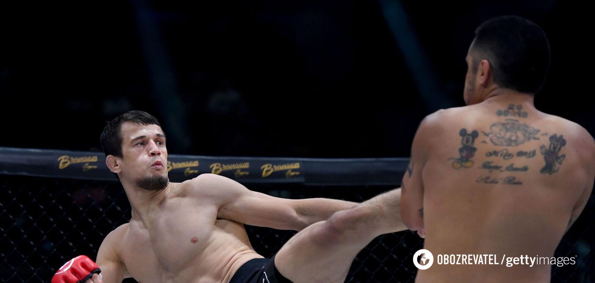Брат Нурмагомедова задушив суперника в першому раунді на Bellator 269. Відео