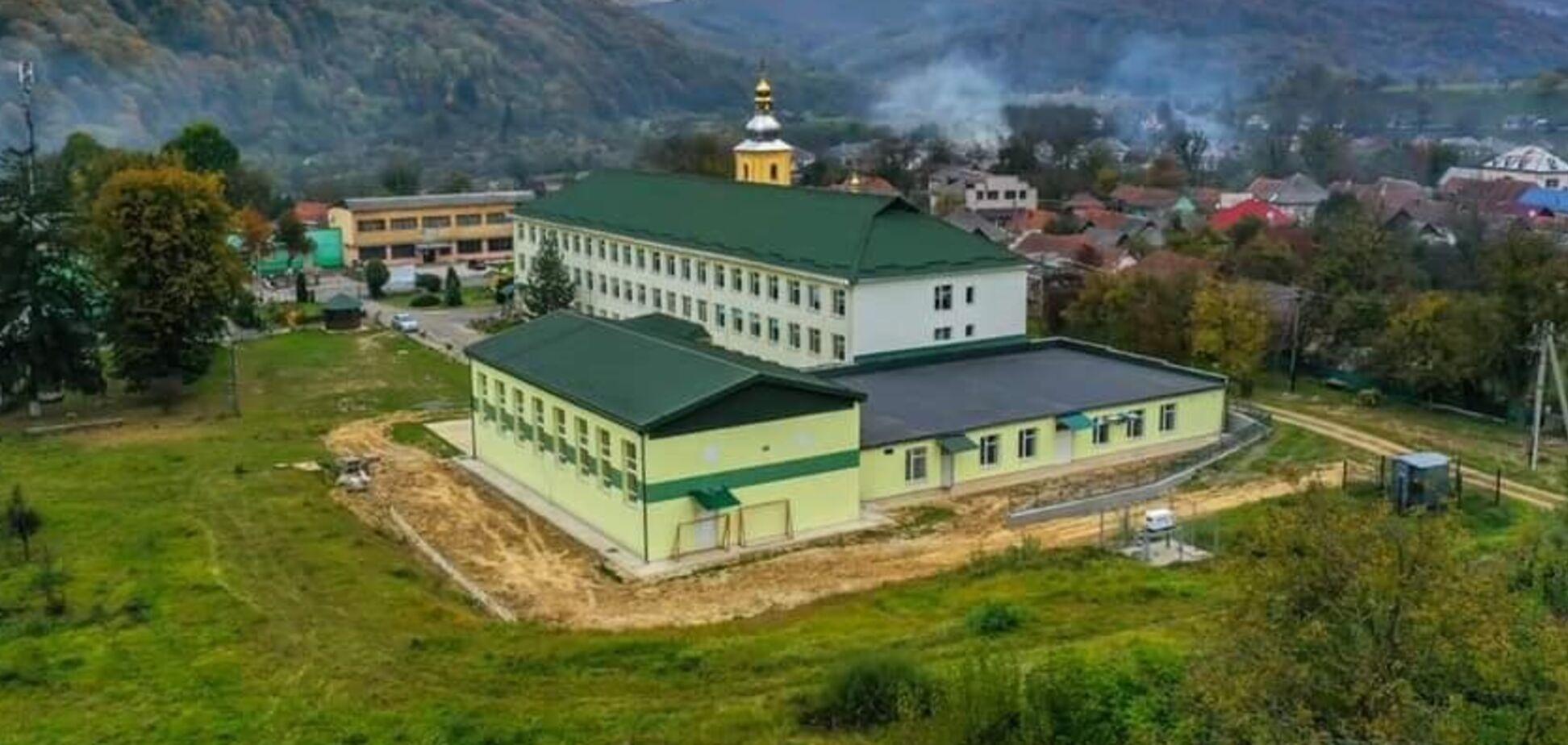 Кінець епохи довгобудів: за програмою Зеленського ще одну 'заморожену' школу добудували на Закарпатті