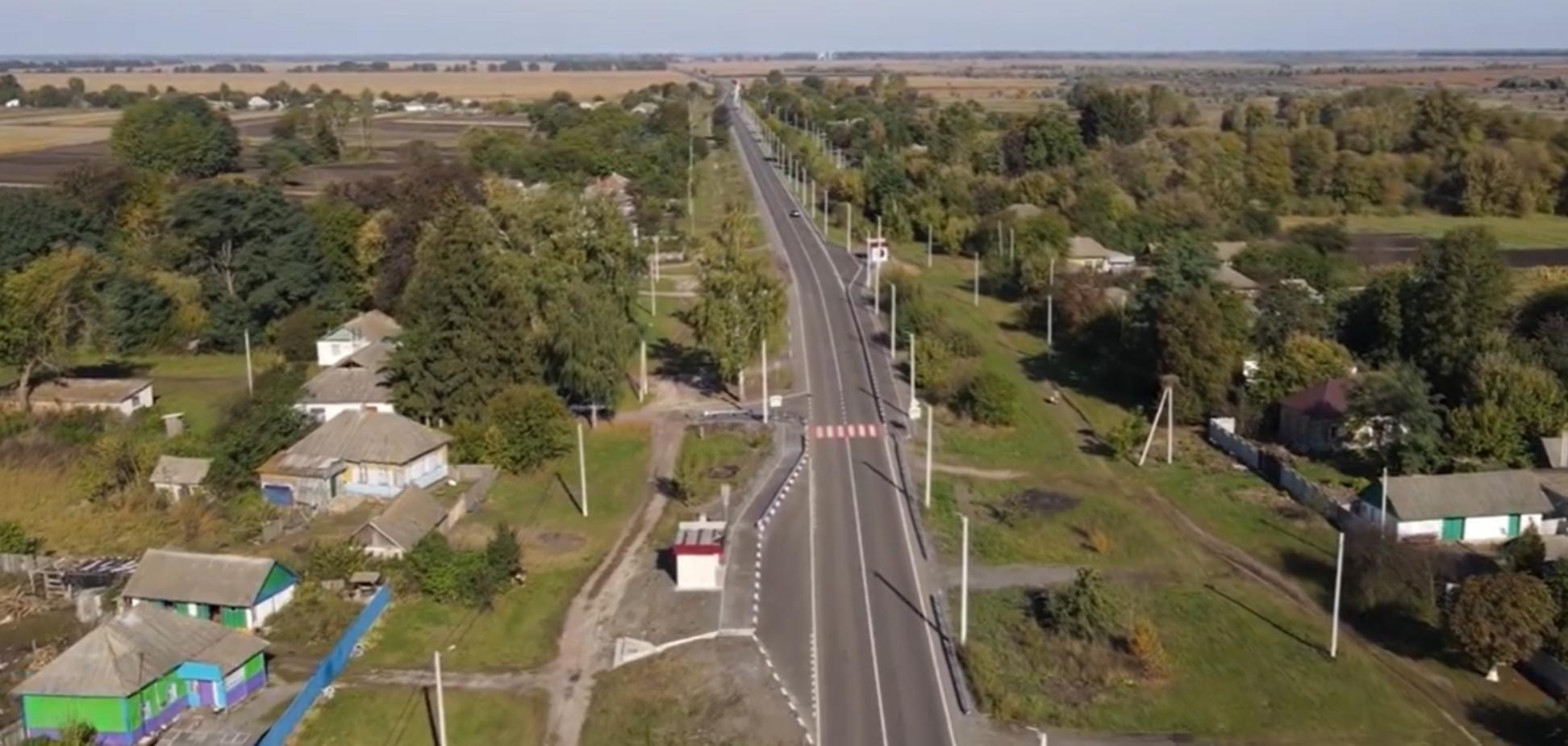 За програмою Зеленського повністю відремонтували 75-кілометрову трасу Ніжин-Прилуки. Відео