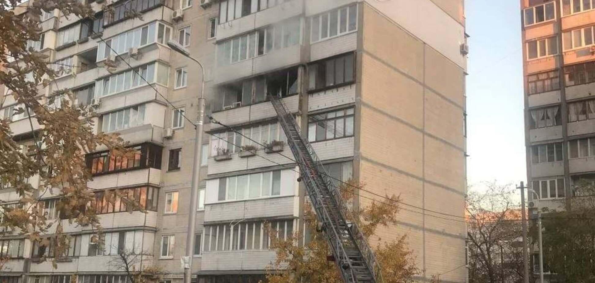 Пожар в многоэтажке на Оболони в Киеве