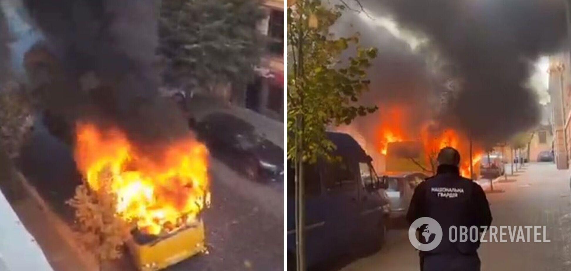 В Черновцах дотла сгорела маршрутка