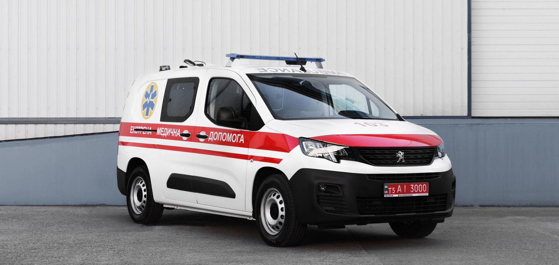 'Автоспецпром' показал скорую помощь на базе Peugeot Partner
