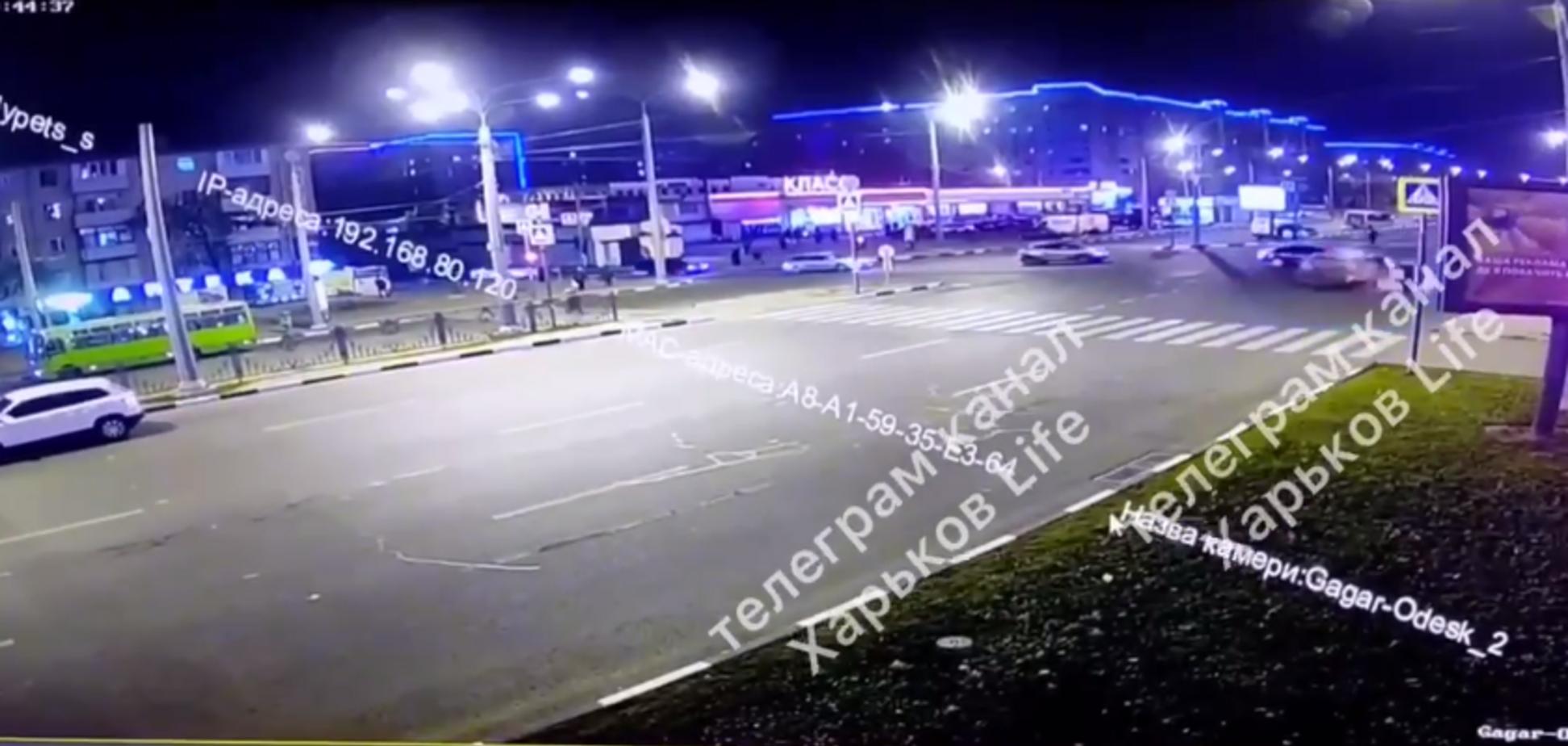Авария на огромной скорости в центре Харькова 18+