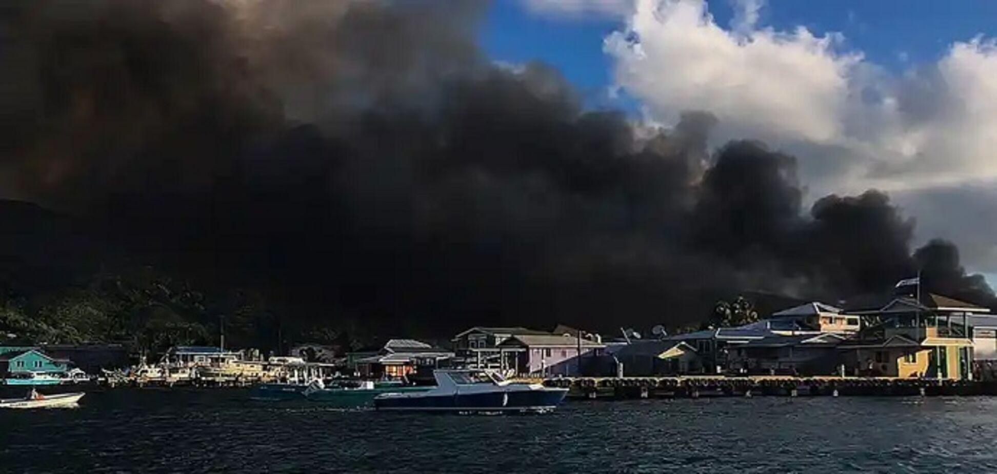 В Гондурасе сгорел курортный город из-за зажженной свечи