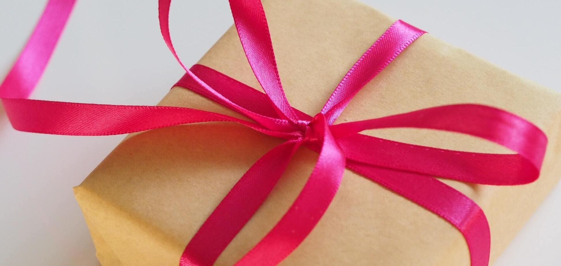 Необычные подарки для мужа или жены