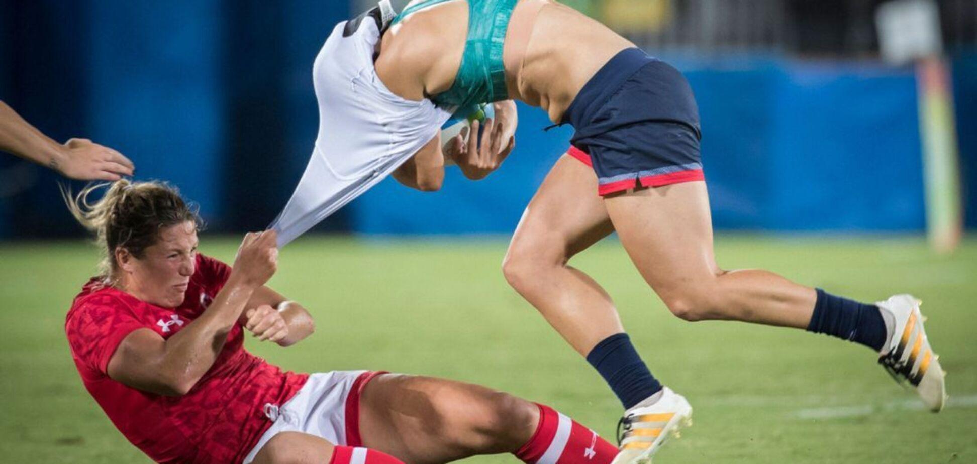Женские команды устроили массовый мордобой в чемпионате Аргентины. Видео