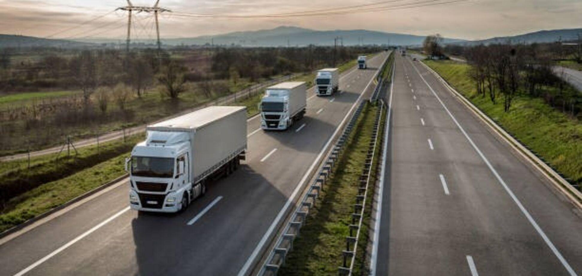 Мининфраструктуры запустило новую автоматическую систему выдачи разрешений для перевозчиков