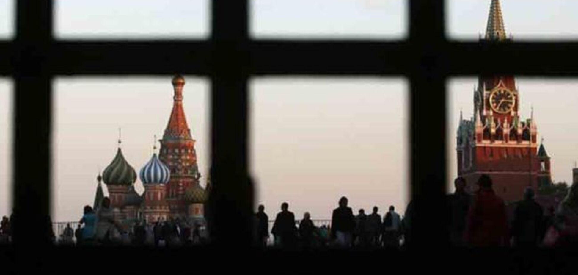 ФСБ закрывает Россию