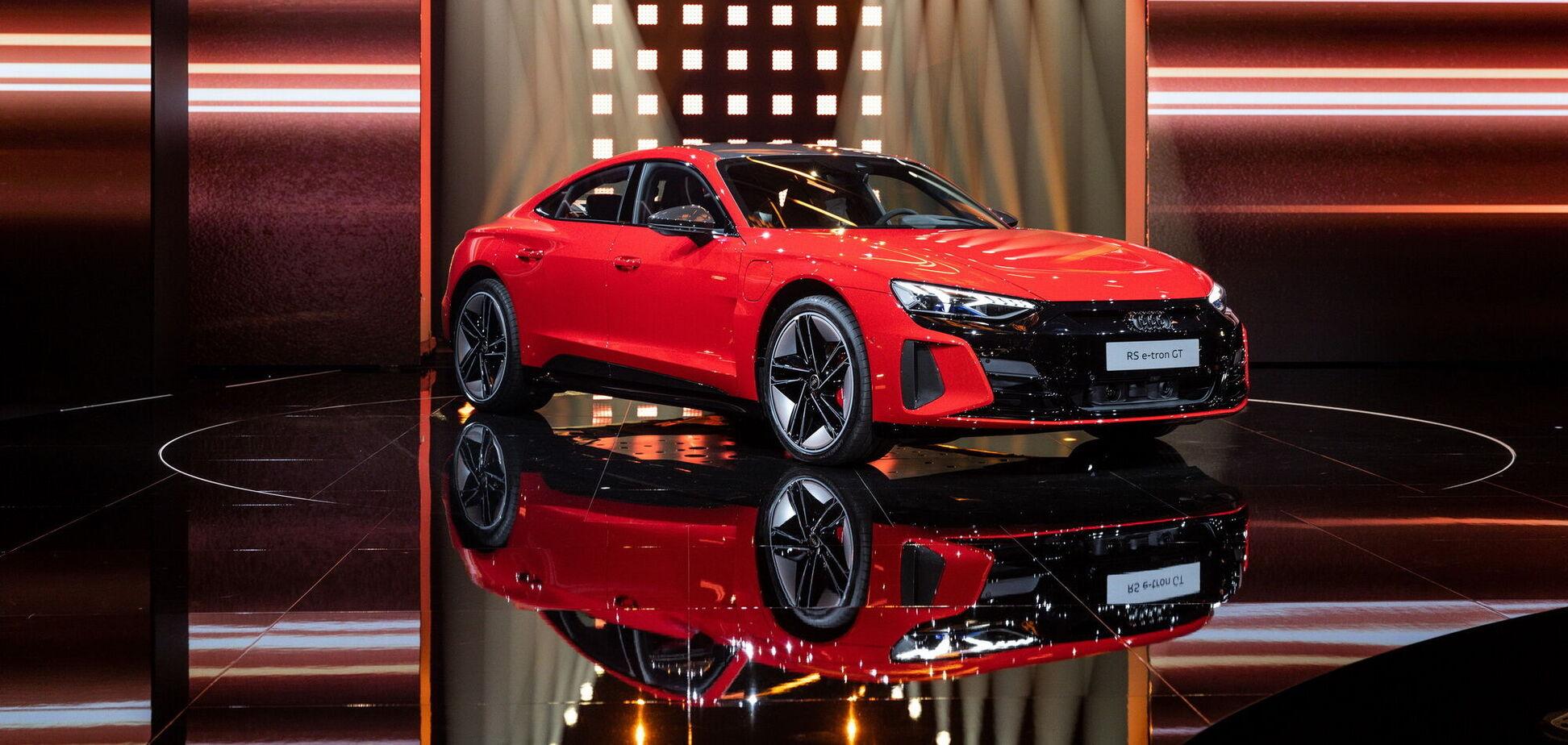 Audi презентовал электрическийe-tron GT и назвал цены