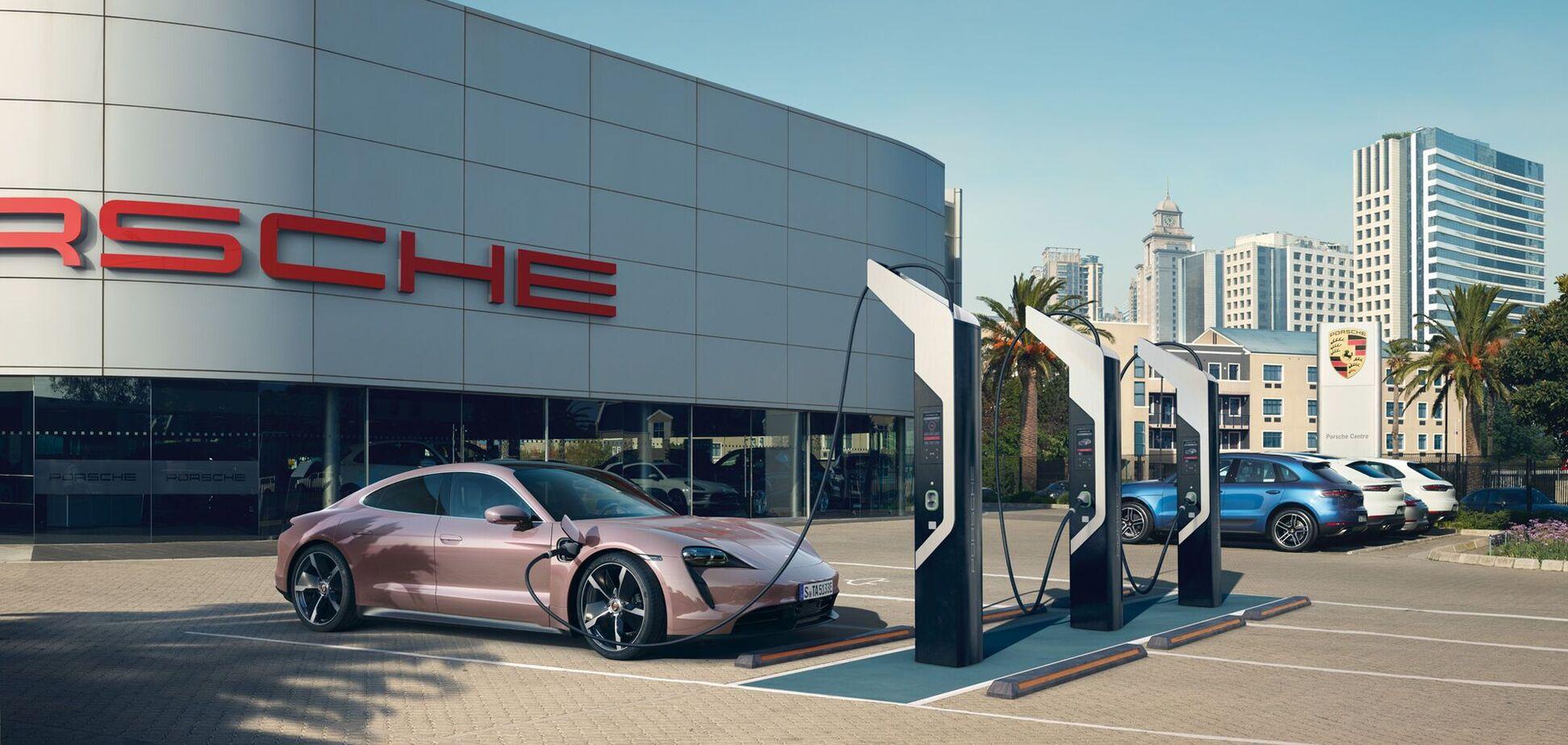 Porsche анонсировал дебют в Украине 5 новинок