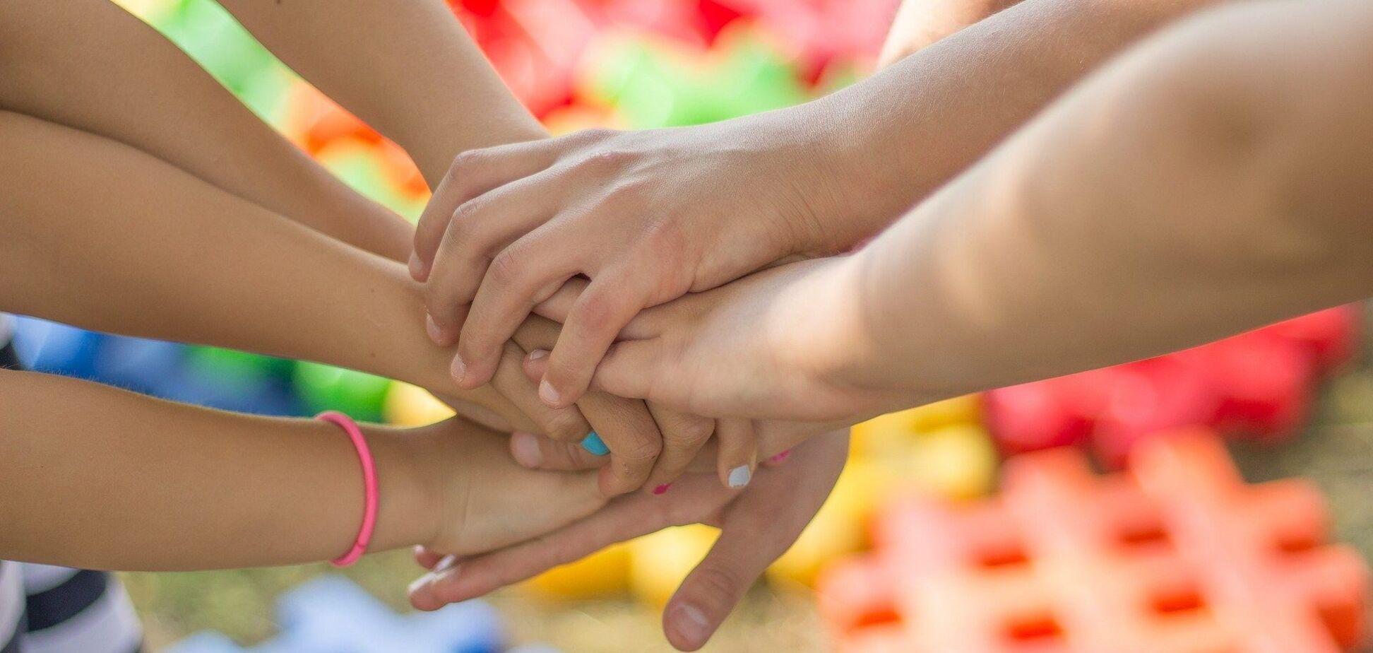 Украине нужно побольше детских домов семейного типа, убеждена Инна Силантьева
