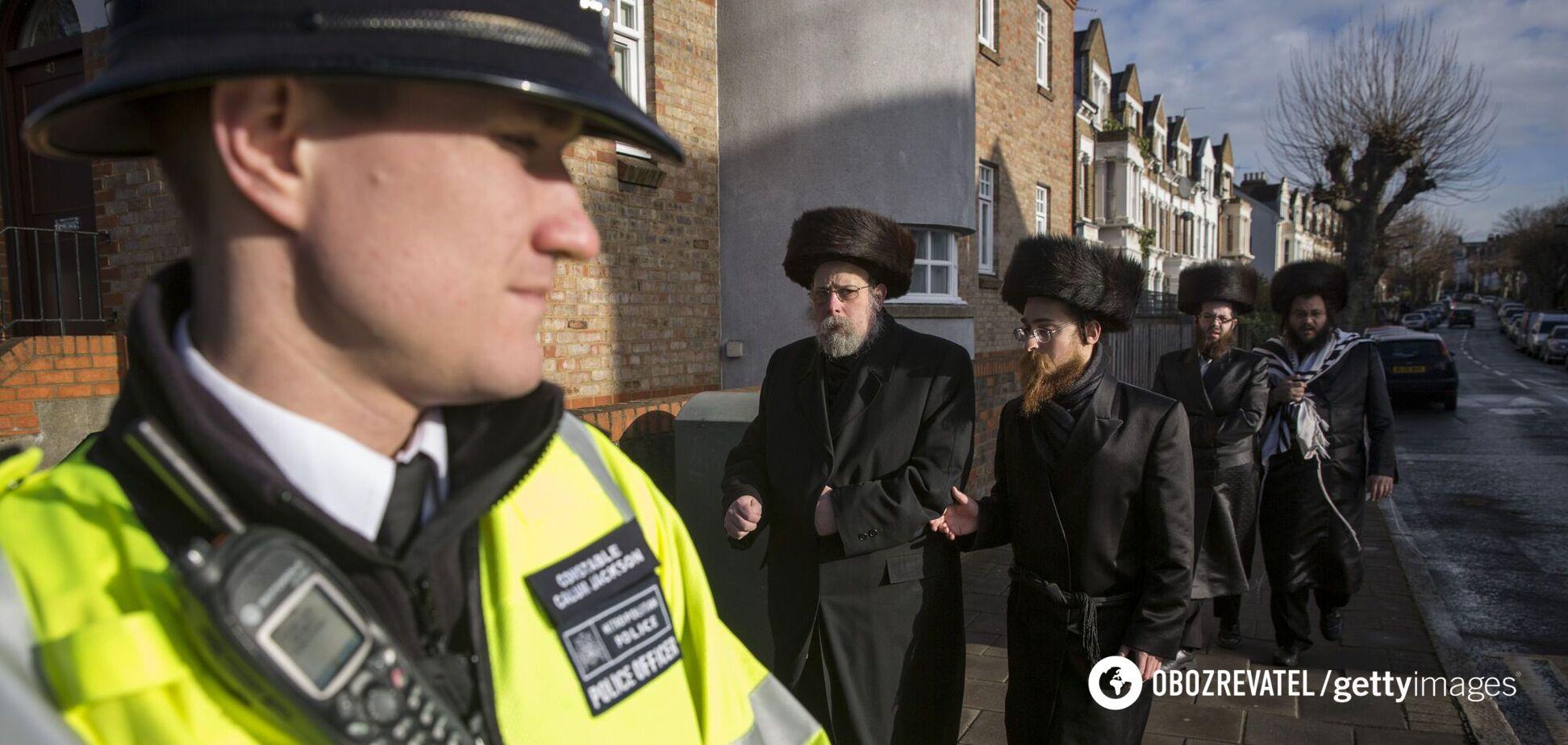 У Лондоні євреїв закликали не проводити масові весілля через спалах COVID-19. Відео