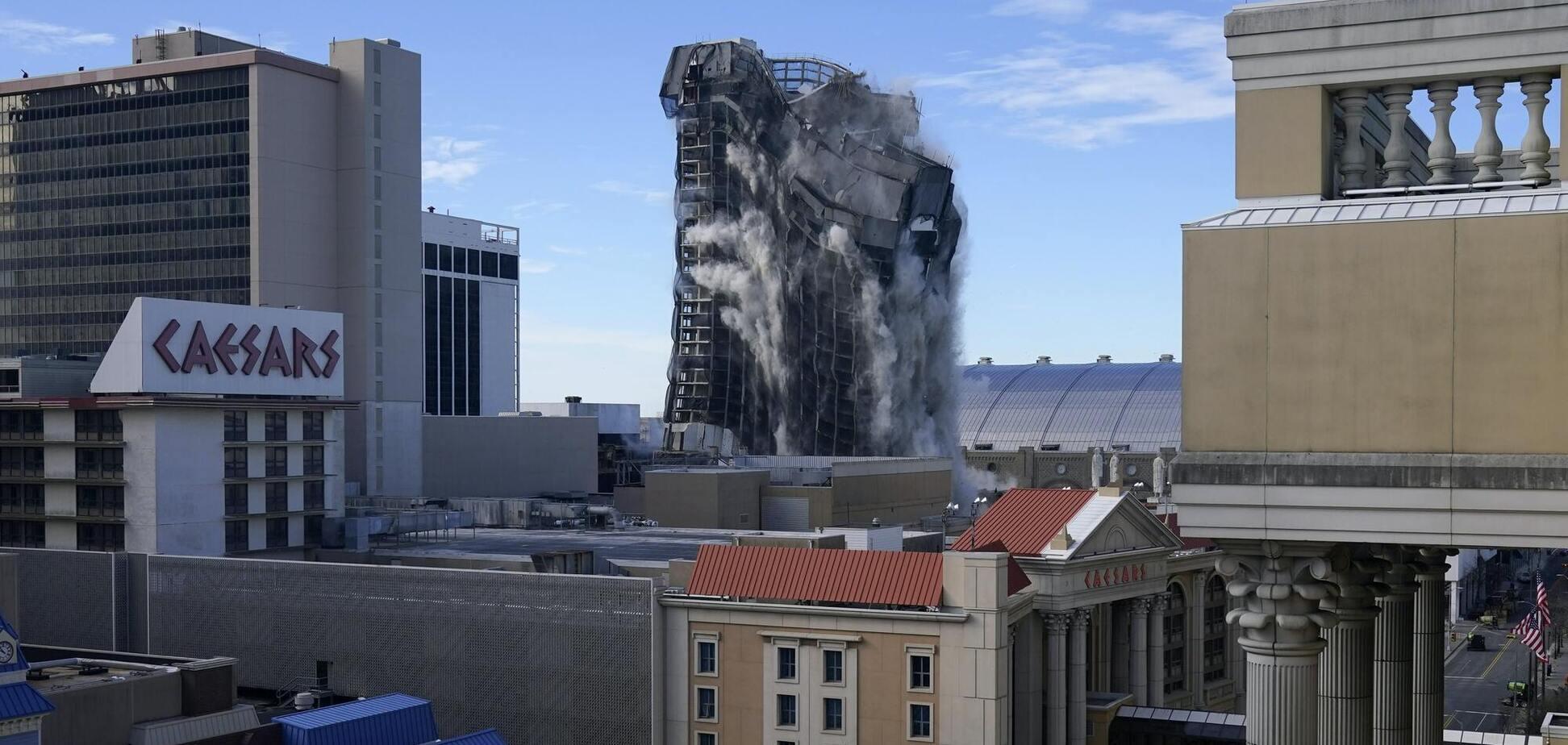 Взрыв Trump Plaza