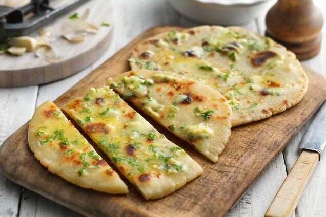 Вместо сулугуни можно взять любой сыр.