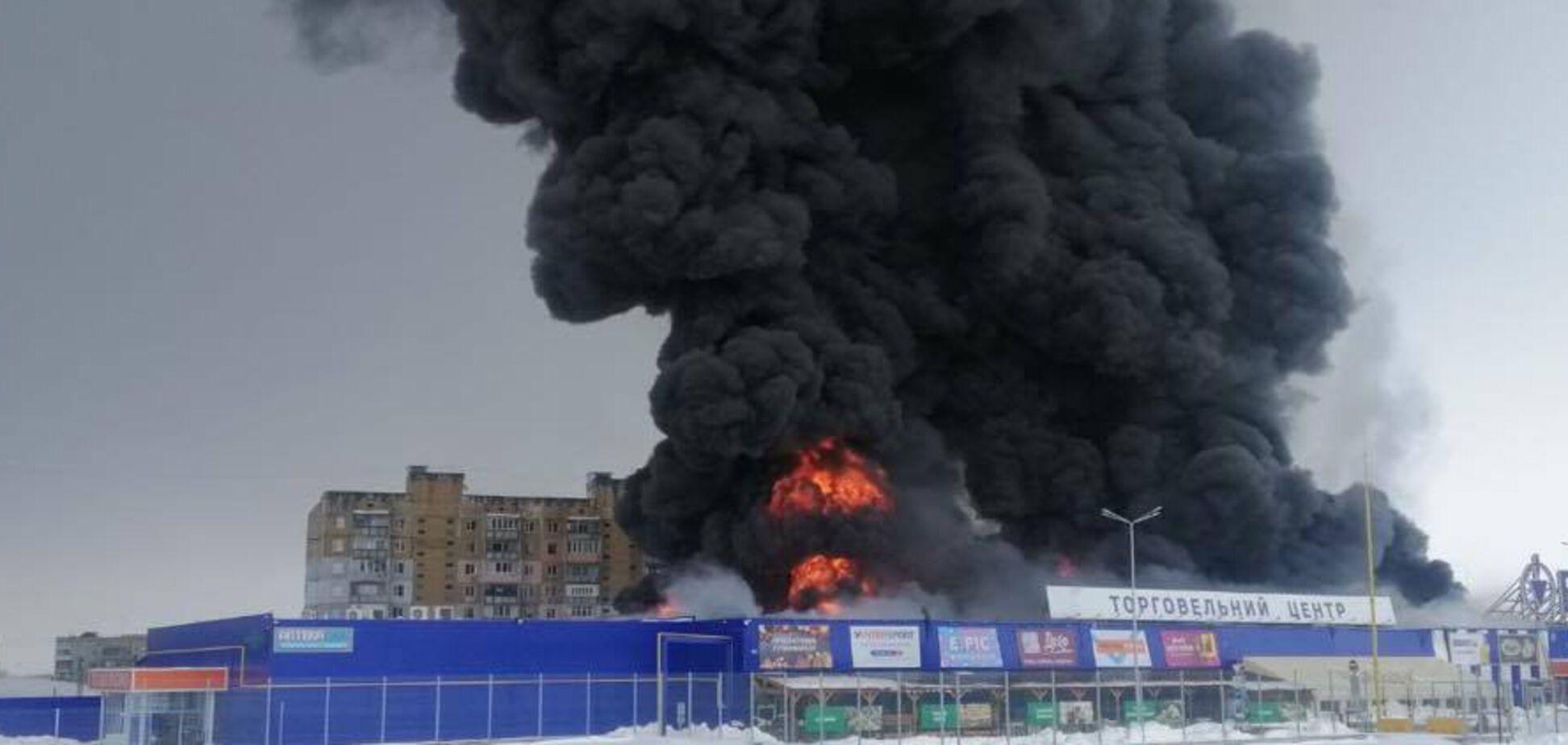 Поджигатель 'Эпицентра' в Первомайске напал на охрану с топором. Фото задержания 18+